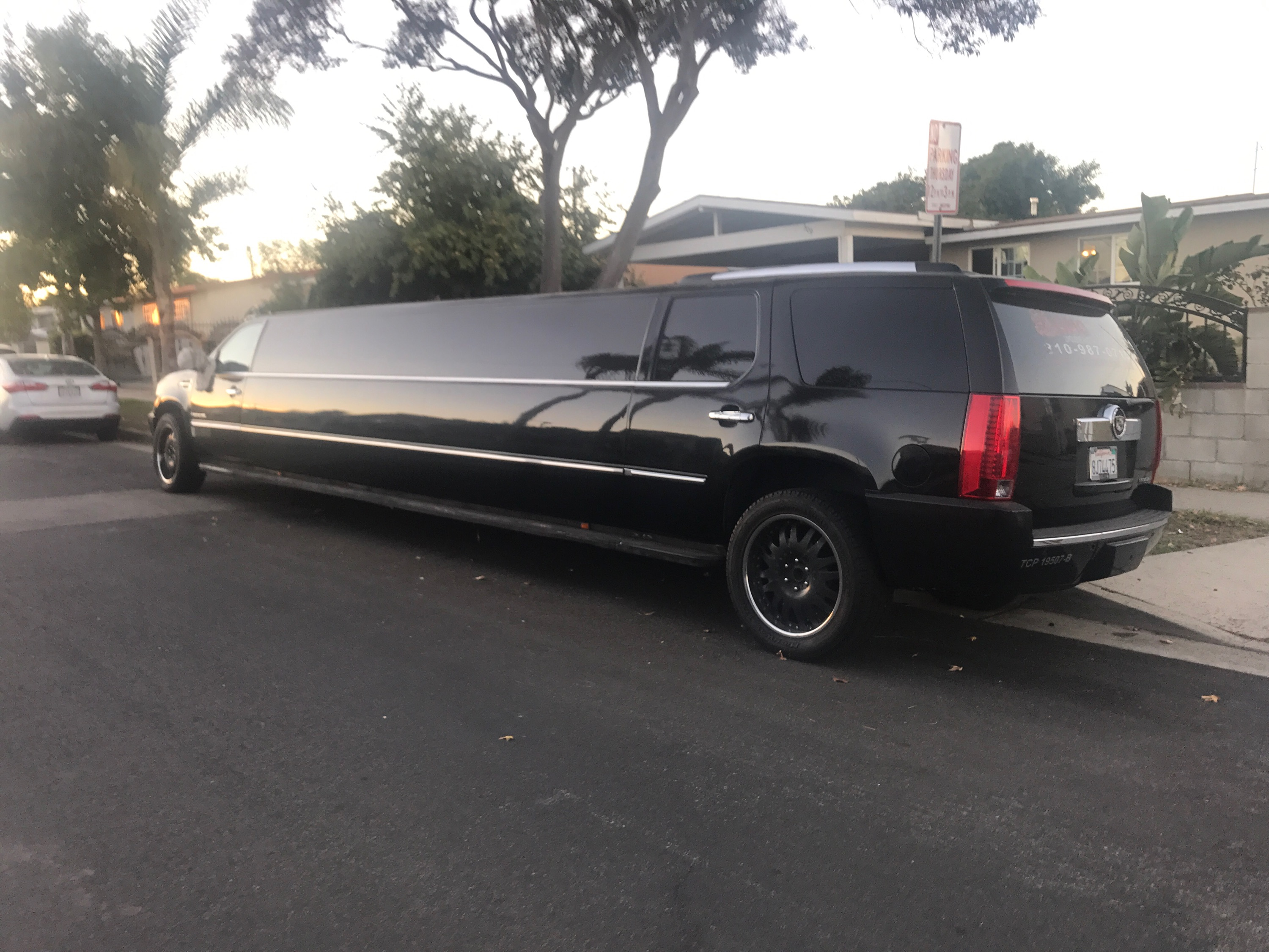 CHARLOTTE LIMO SERVICE
